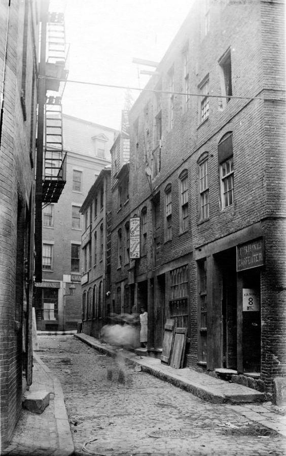 Creek Street Square Boston in 1896