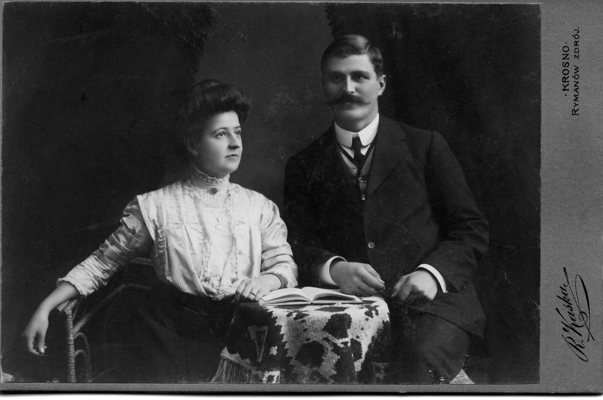 Ernest & Olive Nicklos