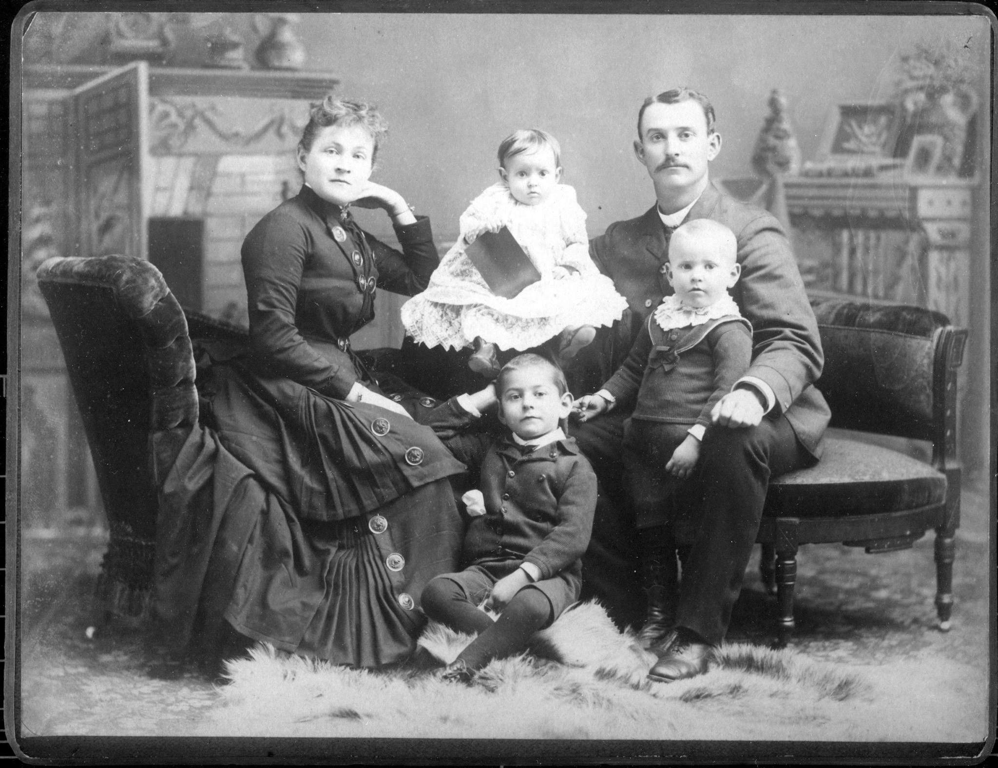 Jacob, Jenny Perkins & eldest 3 children