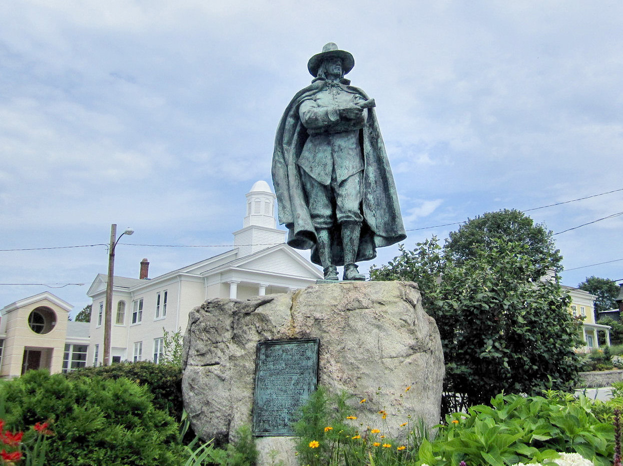 Statue of John Winthrop Jr