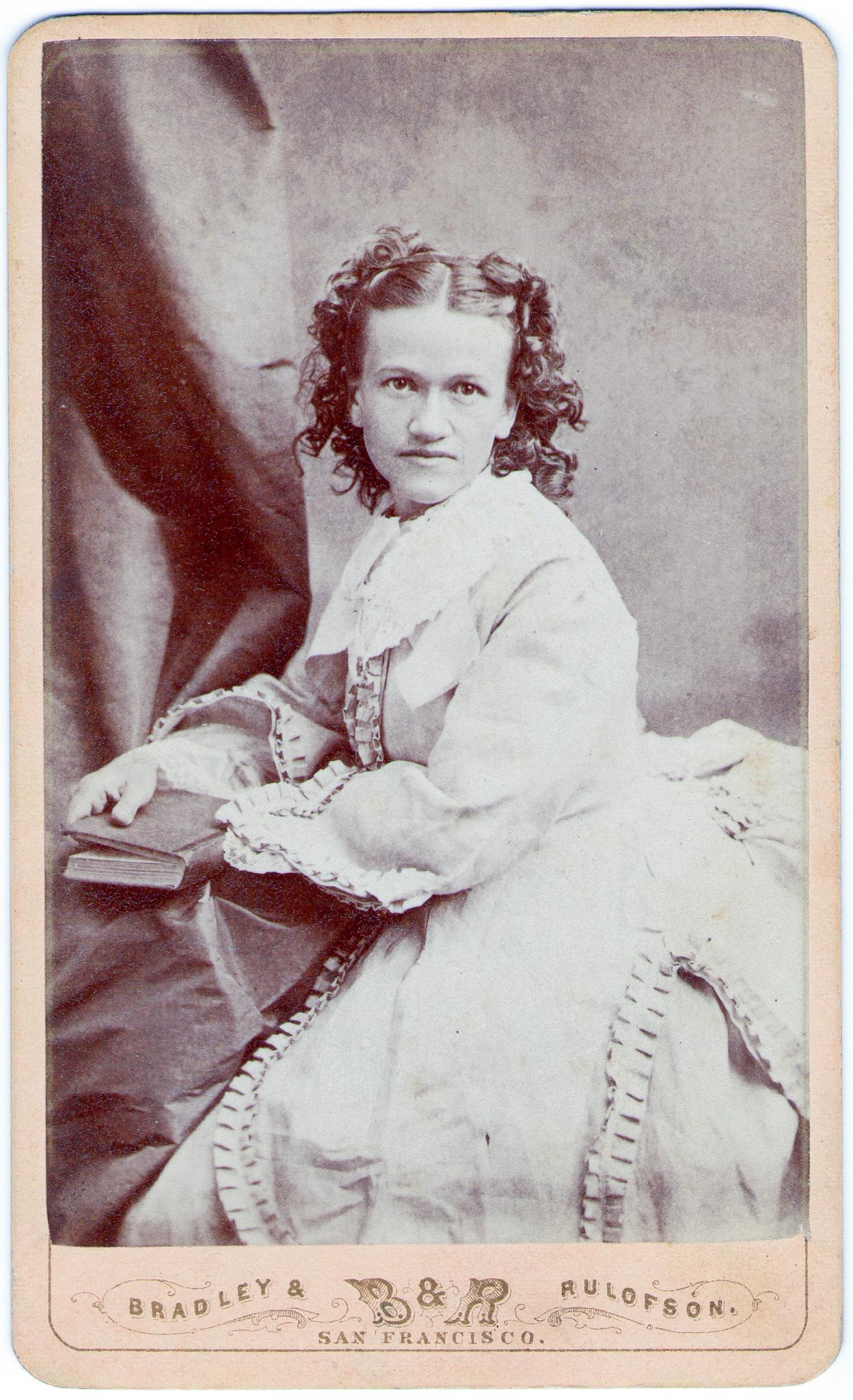 Gwendolyn Richards Thomas