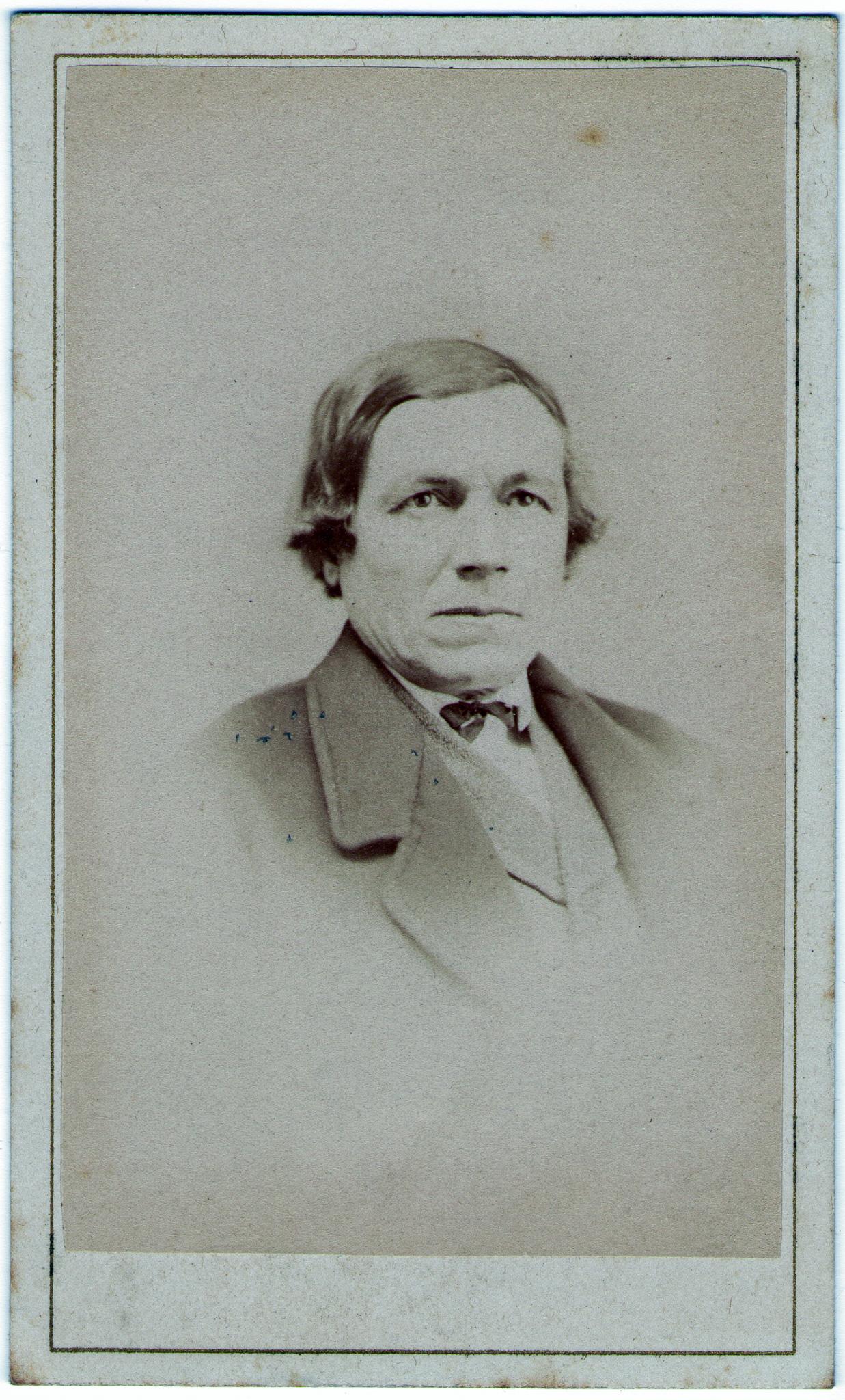 Thomas W Richards
